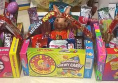 """Great idea - edible Easter basket with """"movie"""" candy Holiday Candy, Holiday Fun, Holiday Crafts, Birthday Gift Baskets, Easter Gift Baskets, Diy Party Crafts, Easter Treats, Special Gifts, Easter Eggs"""