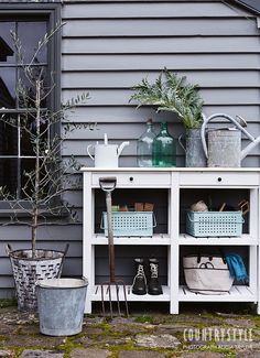 The Garden beckons with warming weather, making timely a stylish collection of outdoor furniture. Outdoor Spaces, Outdoor Living, Country Style Magazine, Potting Tables, Mediterranean Style Homes, Interior Color Schemes, Potting Sheds, Building A New Home, Garden Structures