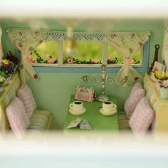 Wooden Dollhouse Kits, Diy Dollhouse, Dollhouse Miniatures, Kit Homes, Miniature Furniture, Wooden Diy, Beautiful Dolls, Gifts For Kids, Minis