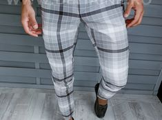 Pantaloni barbati eleganti in carouri B1898