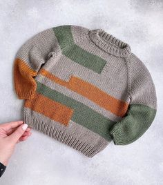 Ravelry Free Knitting Patterns, Free Childrens Knitting Patterns, Baby Cardigan Knitting Pattern, Baby Sweaters, Couture, Crochet, Instagram, Trieste, Baby Boys