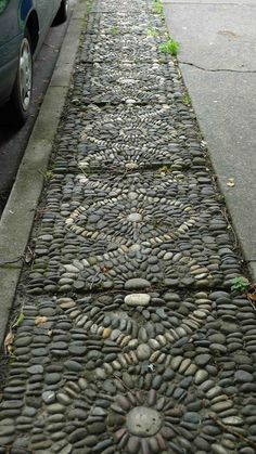 Stone paths are ideal if you want to add more naturalness to your garden. They come in different sizes and texture, and so each stone is unique. Stones also stand the test of time and can age beautifully and are great