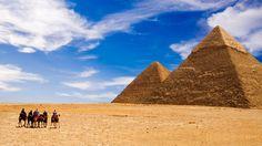 Een reis door de Westelijke woestijn van Egypte. Hier kun je De Berg der Doden, het Bad van Cleopatra en natuurlijk de legendarische Orakeltempel zien.