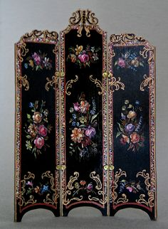 Natasha Beshenkovsky Victorian screen with carved top