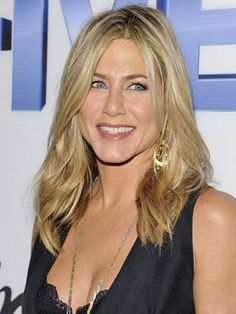Jeniffer Aniston born February 11