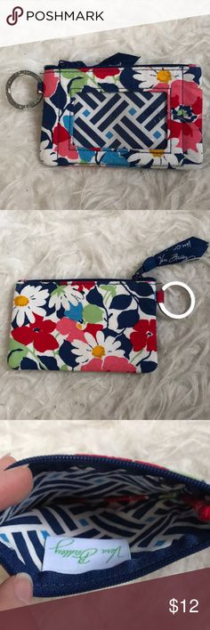 Vera Bradley ID holder wallet never used before, in great condition Vera Bradley Bags Wallets