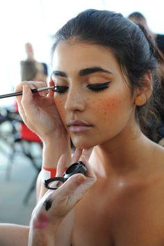Find more bold eyebrow inspo at www.fashionaddict.com.au xox