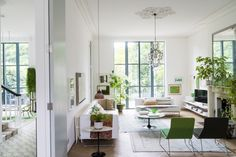A Green and Art-Filled Victorian Home in London