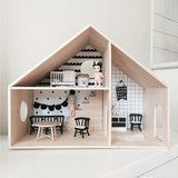 Homely Dollhouse