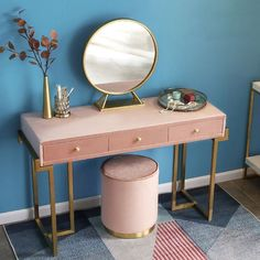 Gold Makeup Vanity with Drawers Pink/Green Velvet Upholstered Makeup Vanity Table with Mirror Dressing Table with Stool Small/Large Informationen z. Makeup Vanities, Makeup Vanity With Drawers, Makeup Table Vanity, Vanity Tables, Vanity Set, Pink Vanity, Vintage Vanity, Vanity With Mirror, Small Vanity Table