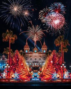 Monte Carlo Monaco, Hello France, Fire Works, Happy New Year 2019, Nouvel An, South Of France, Dreaming Of You, Around The Worlds, Christmas Tree