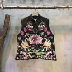 Vintage Embroidery  Stand Collar Chinese Coat  Short Quilted Linen Waistcoat    #linen #quilted #waistcoat #short #outerwear #black #embroidery #Chinese #vintage #ethnic #noble #handicraft #folk