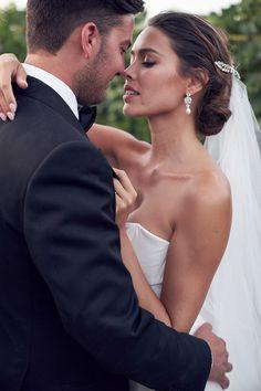 Love Story Wedding, Wedding Goals, Wedding Ideas, Japanese Wedding, Wedding Photography Styles, Melbourne Wedding, Italy Wedding, Destination Wedding Photographer, One Shoulder Wedding Dress