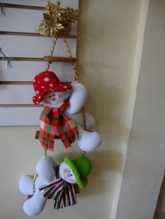 - Christmas Ornaments, Holiday Decor, Home Decor, Papa Noel, Xmas, Tela, Christmas Baskets, Christmas Crafts, Girl Baptism Party