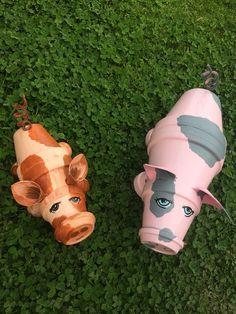Clay pot terracotta pig is part of Terra cotta pot crafts - TongefäßTerrakottaSchwein Clay pot terracotta pig Pig Crafts, Clay Pot Crafts, Garden Crafts, Garden Art, Garden Ideas, Cement Crafts, Shell Crafts, Patio Ideas, Flower Pot Art