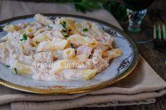 Pasta al tonno cremosa, ricetta veloce e facile, primo piatto per pranzo o cena, ricetta semplice che piace a grandi e bambini, pasta con ricotta e panna