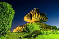 Um dos locais mais procurados pelos visitantes na cidade de Vitória, o charmoso e divertido Parque Pedra da Cebola está em festa nesta sexta-feira (9), em comemoração aos 15 anos. Para celebrar a data, haverá uma programação especial e diversificada no local, das 9 às 17 horas.