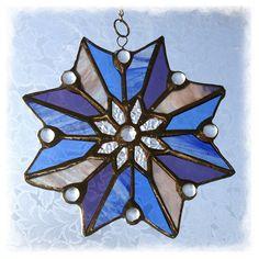 Cornflower Blue Star Flower Suncatcher Stained Glass £15.00
