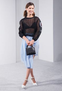 How To Steal Hanneli Mustaparta's Ladylike Style, love her skirt and shoes.