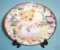 Franklin Mint Spring Bouquet Flowers Teddy Bear Plate