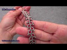 Easy and Gentle Bracelet Making from Beads - Armband Ideen Bead Jewellery, Beaded Jewelry, Handmade Jewelry, Beaded Bracelets Tutorial, Seed Bead Bracelets, Jewelry Patterns, Bracelet Patterns, Diy Schmuck, Beads And Wire