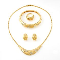 Shop a Huge Selection of designer costume necklace Jewelry sets Online. Find the wholesale prices on high quality gold plated jewelry sets by China top jewelry factory direct Certification of Authenticity. Jewelry Sets, Gold Jewelry, Jewelery, Jewelry Necklaces, Women Jewelry, Fashion Jewelry, Short Necklace, Gold Necklace, Mini Hoop Earrings