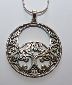 Sterling-Silver-Large-Chalice-Well-Vesica-Piscis-amp-Tree-Of-Life-Pendant