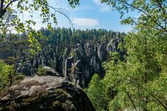 Ausblick auf die Weckelsdorfer Felswände