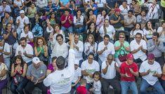 Vamos con Abarca, cuenta con nuestro apoyo: manifiestan habitantes del Pitillal