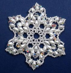 Bead Patterns and Ideas : Mini Snowflake Ornament Pattern Sequin Ornaments, Beaded Christmas Ornaments, Snowflake Ornaments, Christmas Jewelry, Beaded Snowflake, Snowflakes, Beading Patterns Free, Weaving Patterns, Bead Patterns