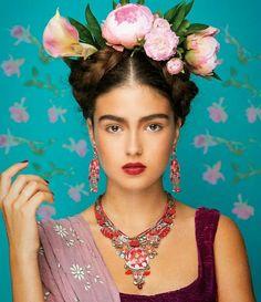 Al estilo Frida Kahlo