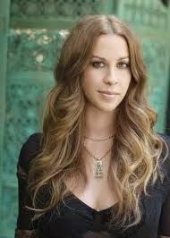 Alanis Morissette sx/so4w5-478 More defiant of convention and authority than the 3wing.