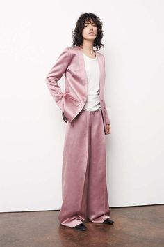 See+Mary-Kate+and+Ashley+Olsen's+First+In-House+Elizabeth+and+James+Collection+via+@WhoWhatWear