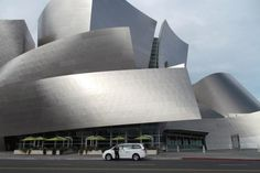 """""""From Movie Palaces To Disney Hall"""" : discover the historic buildings of #Downtown #LosAngeles. #dtla #architecture #tour #PenAcademy"""