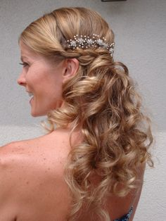 which hair style 1000 images about half up half updos on 9170