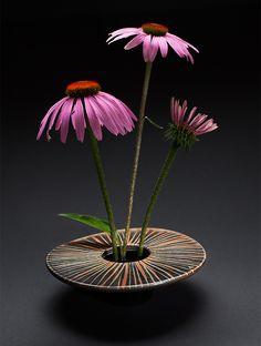 Ikebana Vase - Striae Design
