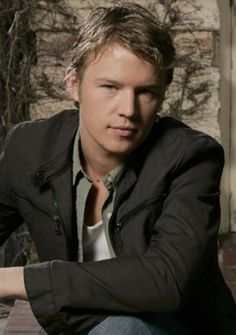christopher egan girlfriend