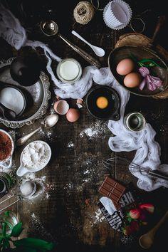 Moist Chocolate Cupcakes with Chocolate Ganache / Historias del ciervo
