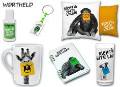 iCH GLAUBT MICH LAUST DER AFFE! Diese Produkte machen richtig gute Laune! Die tierischen Motve mit den frechen Post-it Mündern sind in jedem Fall eine originelle Geschenkidee. Gibt's hier http://sheepworld.de/shop/Wortheld/Wortheld-Laune/