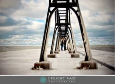 Winter Lighthouse engagement session