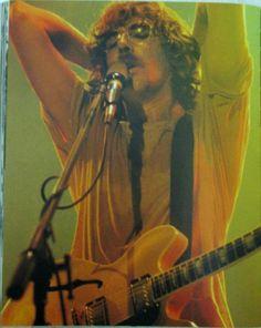 Charly García - Imagenes que quizá no conozcas - Taringa! Recital, The Verve, Iggy Pop, Poster Pictures, Rock Legends, Foo Fighters, Aerosmith, Paramore, Jimi Hendrix