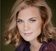 Gina Tognoni as Kelly Cramer Gina Tognoni, Best Soap, Young And The Restless, One Life, Character Inspiration, Blonde Hair, Sexy Women, Female, Night Time