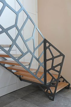 Balustrade with spectacular design ideas for every taste Metal Stairs, Metal Railings, Staircase Handrail, Stair Railing, Railing Design, Staircase Design, Stairs Canopy, Escalier Design, Interior Stairs