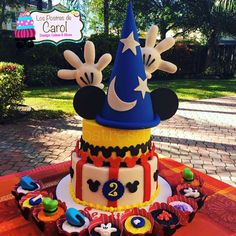 Incredible cake at a Mickey Mouse birthday party! See more party ideas at…
