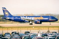 Volareweb, Airbus A320-200, I-PEKQ, London Gatwick