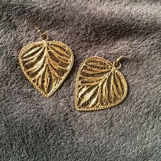 Gorgeous earrings! Make way for these earrings! You're going to want to wear these all the time because they go with everything! Gold color. NWOT Jewelry Earrings