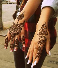 Small Henna Designs, Henna Tattoo Designs Simple, Modern Mehndi Designs, Beautiful Henna Designs, Mehndi Designs For Fingers, Simple Henna, Modern Henna, Henna Tattoo Hand, Henna Tattoos