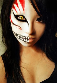 A Minute in the Life of Maria: A Minute of Inspiration: Halloween Makeup