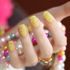 Uñas caviar, estilo y texturas en tus uñas #caviarnails - http://xn--decorandouas-jhb.com/unas-caviar-estilo-y-texturas-en-tus-unas-caviarnails/