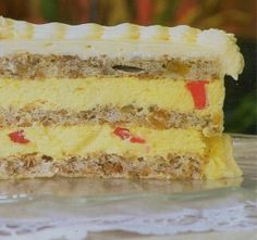 Pored Mozaik torta, možete pronaći još mnogo ukusnih kategorisanih recepata za torte i kolače po vašem izboru. Smazi me je tu za vas. Prijatno.